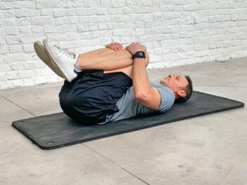 comment soulager le dos allongé